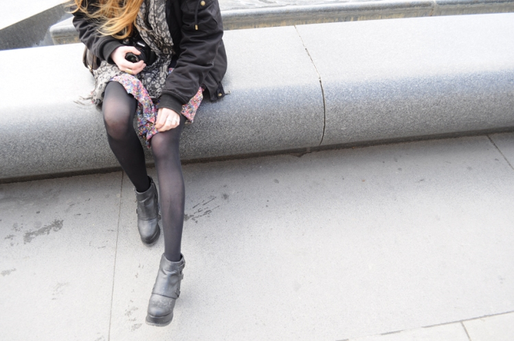 skinny legs, paris